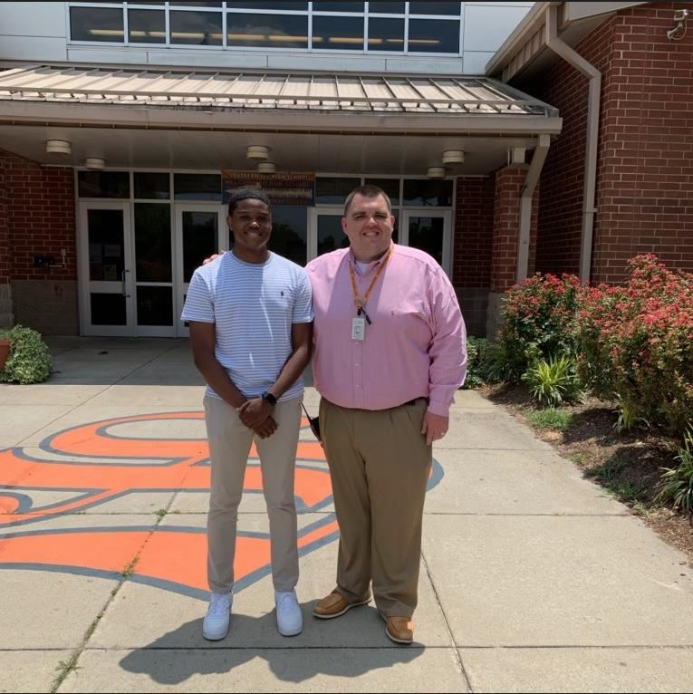 Ari Wright-Thompson with Southern Lee Principal Dr. Chris Dossenbach.